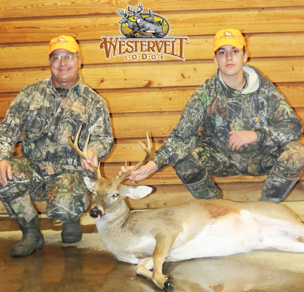 Alabama Deer Hunting | Alabama Whitetail Deer Hunting Lodge